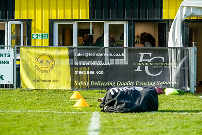 1911100023 -  Crawley Wasps 3 v 1 Portsmouth LFC on November 10, 2019 at East Grinstead Town FC, East Court, College Lane, RH19 3LS, East Grinstead. Photo: Ben Davidson, www.bendavidsonphotography.com