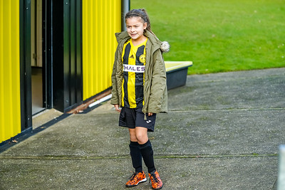1911100027 -  Crawley Wasps 3 v 1 Portsmouth LFC on November 10, 2019 at East Grinstead Town FC, East Court, College Lane, RH19 3LS, East Grinstead. Photo: Ben Davidson, www.bendavidsonphotography.com