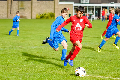 1909280010 -  Roffey Robins Atletico  Hurstpierpoint Colts on September 28, 2019 at North Heath Lane, RH12 5PJ, Horsham. Photo: Ben Davidson, www.bendavidsonphotography.com