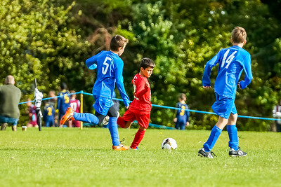 1909280017 -  Roffey Robins Atletico  Hurstpierpoint Colts on September 28, 2019 at North Heath Lane, RH12 5PJ, Horsham. Photo: Ben Davidson, www.bendavidsonphotography.com