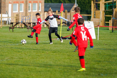 1911090005 -  Roffey Robins Atletico 5 v 3 Henfield on November 09, 2019 at The Holbrook Club, Horsham. Photo: Ben Davidson, www.bendavidsonphotography.com