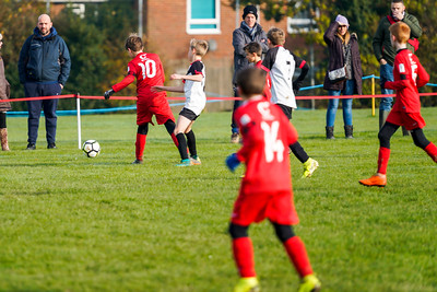 1911090021 -  Roffey Robins Atletico 5 v 3 Henfield on November 09, 2019 at The Holbrook Club, Horsham. Photo: Ben Davidson, www.bendavidsonphotography.com