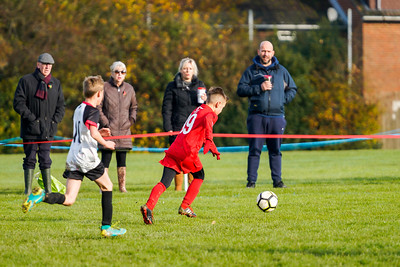 1911090075 -  Roffey Robins Atletico 5 v 3 Henfield on November 09, 2019 at The Holbrook Club, Horsham. Photo: Ben Davidson, www.bendavidsonphotography.com