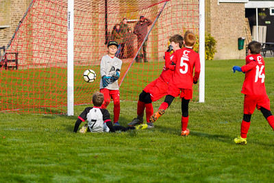 1911090029 -  Roffey Robins Atletico 5 v 3 Henfield on November 09, 2019 at The Holbrook Club, Horsham. Photo: Ben Davidson, www.bendavidsonphotography.com