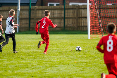 1911090070 -  Roffey Robins Atletico 5 v 3 Henfield on November 09, 2019 at The Holbrook Club, Horsham. Photo: Ben Davidson, www.bendavidsonphotography.com