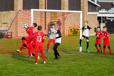 1911090033 -  Roffey Robins Atletico 5 v 3 Henfield on November 09, 2019 at The Holbrook Club, Horsham. Photo: Ben Davidson, www.bendavidsonphotography.com