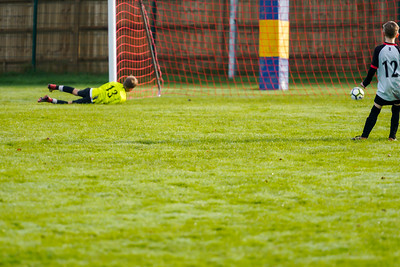 1911090041 -  Roffey Robins Atletico 5 v 3 Henfield on November 09, 2019 at The Holbrook Club, Horsham. Photo: Ben Davidson, www.bendavidsonphotography.com