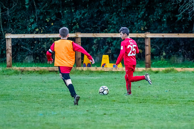1912070021 -  Roffey Robins Atletico 4 vs 0 Southwater FC on December 07, 2019 at The Holbrook Club, North Heath Lane RH12 5PJ, Horsham. Photo: Ben Davidson, www.bendavidsonphotography.com