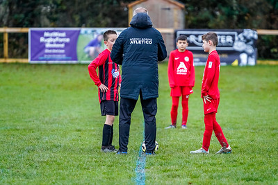 1912070004 -  Roffey Robins Atletico 4 vs 0 Southwater FC on December 07, 2019 at The Holbrook Club, North Heath Lane RH12 5PJ, Horsham. Photo: Ben Davidson, www.bendavidsonphotography.com