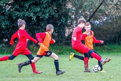 1912070017 -  Roffey Robins Atletico 4 vs 0 Southwater FC on December 07, 2019 at The Holbrook Club, North Heath Lane RH12 5PJ, Horsham. Photo: Ben Davidson, www.bendavidsonphotography.com