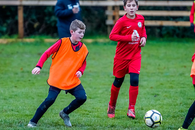 1912070032 -  Roffey Robins Atletico 4 vs 0 Southwater FC on December 07, 2019 at The Holbrook Club, North Heath Lane RH12 5PJ, Horsham. Photo: Ben Davidson, www.bendavidsonphotography.com