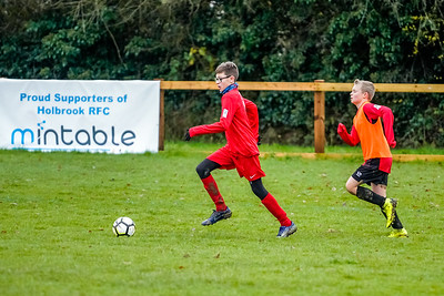 1912070041 -  Roffey Robins Atletico 4 vs 0 Southwater FC on December 07, 2019 at The Holbrook Club, North Heath Lane RH12 5PJ, Horsham. Photo: Ben Davidson, www.bendavidsonphotography.com