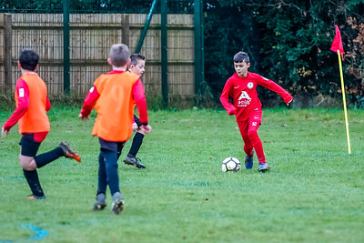 1912070022 -  Roffey Robins Atletico 4 vs 0 Southwater FC on December 07, 2019 at The Holbrook Club, North Heath Lane RH12 5PJ, Horsham. Photo: Ben Davidson, www.bendavidsonphotography.com