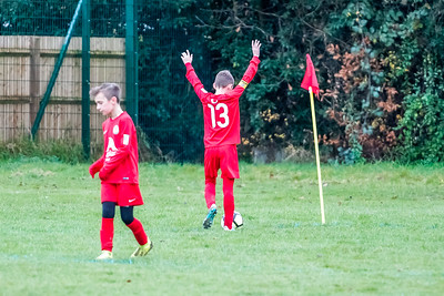 1912070023 -  Roffey Robins Atletico 4 vs 0 Southwater FC on December 07, 2019 at The Holbrook Club, North Heath Lane RH12 5PJ, Horsham. Photo: Ben Davidson, www.bendavidsonphotography.com