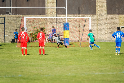 1909210045 -  Roffey Robins Atletico  Broadbridge Heath Bears on September 21, 2019 at Norht Heath Lane, RH12 5PJ, Horsham. Photo: Ben Davidson, www.bendavidsonphotography.com
