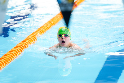2002221285 -  (200m Free (G), 200m Back (B), 400IM (G)) Sussex Country Championships (Session 5 PM) on February 22, 2020 at K2, Pease Pottage Hill, Crawley RH11 9BQ, Crawley. Photo: Ben Davidson, www.bendavidsonphotography.com