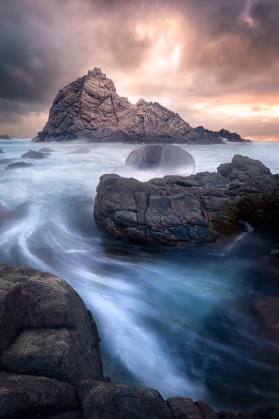 Sugarloaf Rock (stormy)