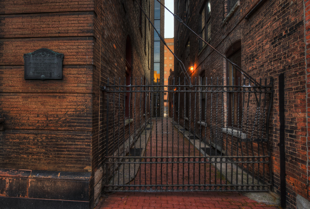 Syracuse Alley