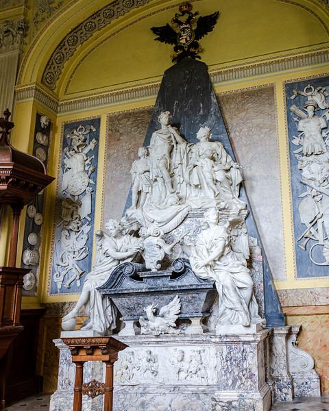 Tomb of 1st Duke of Marlborough c. 1733 (John Michael Rysbrack) in the Chapel @ Blenheim Palace - Woodstock, England, UK