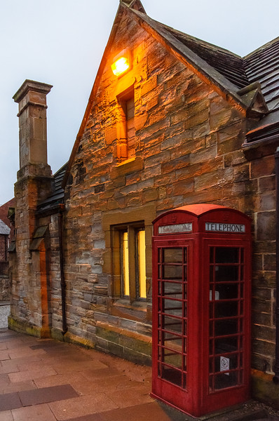 K6 Red Telephone Box c. 1936-1953 @ Palace Green - Durham, England, UK