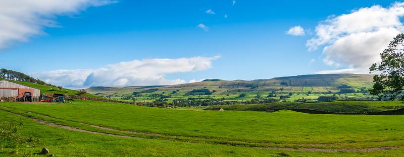 Pasture @ Bellow Hill - Hawes, Wensleydale, North Yorkshire, England, UK