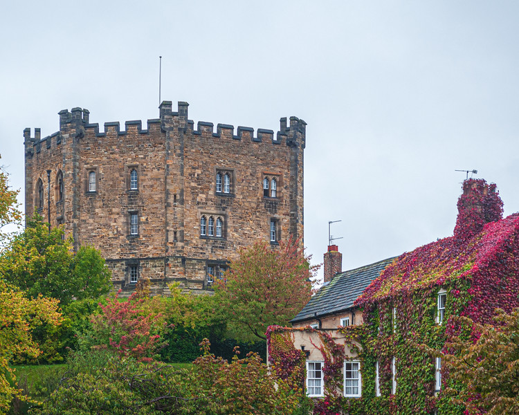Durham Castle tower.  The Castle is now occupied by Durham University students.