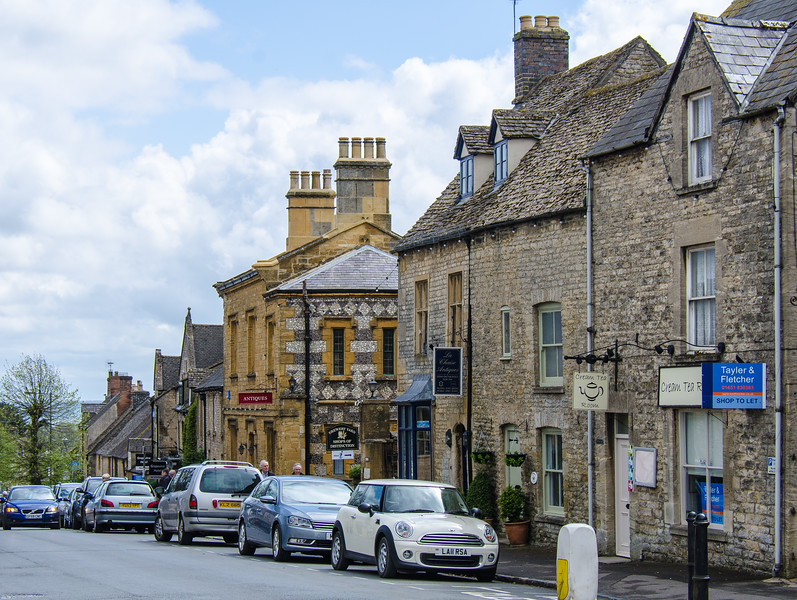 A436 / Sheep Street - Stow-on-the-Wold, England, UK