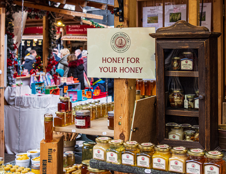 Honey for Your Honey @ Christmas Market on Vörösmarty tér - Budapest, Hungary