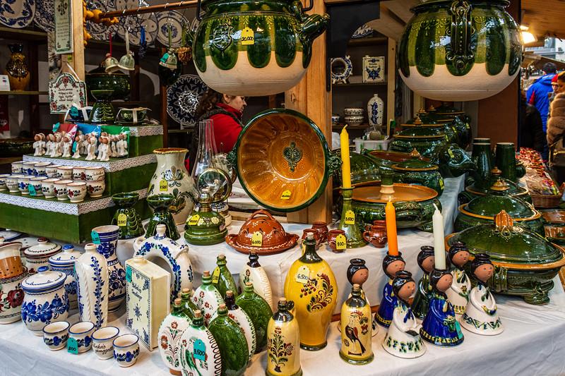 Pottery 2 @ Christmas Market on Vörösmarty tér - Budapest, Hungary