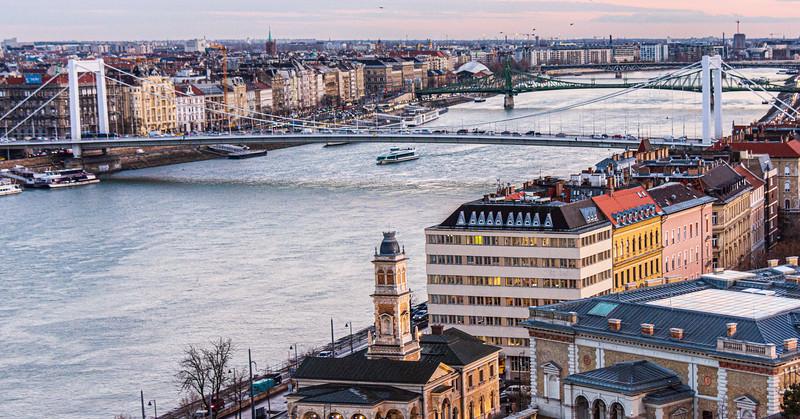 Elizabeth Bridge (Erzsébet híd, Pál Sávoly) c. 1964 - Budapest, Hungary, EU