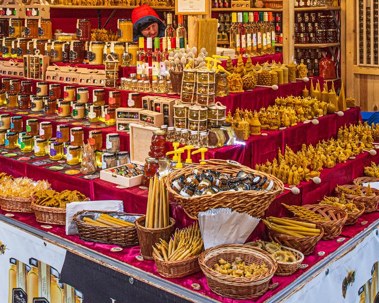 Hungarian Honey @ Christmas Market on Vörösmarty Square - Budapest, Hungary, EU