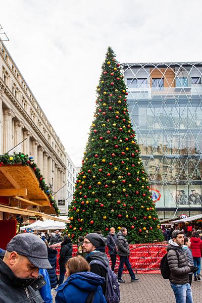 Christmas Tree @ Christmas Market on Vörösmarty tér - Budapest, Hungary
