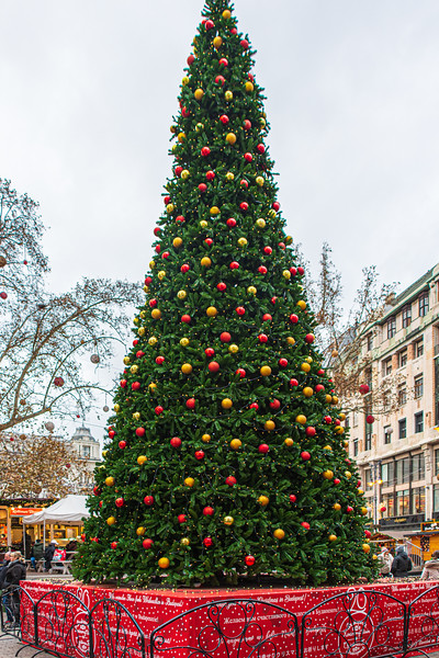Christmas Tree on Vörösmarty Square - Budapest, Hungary, EU