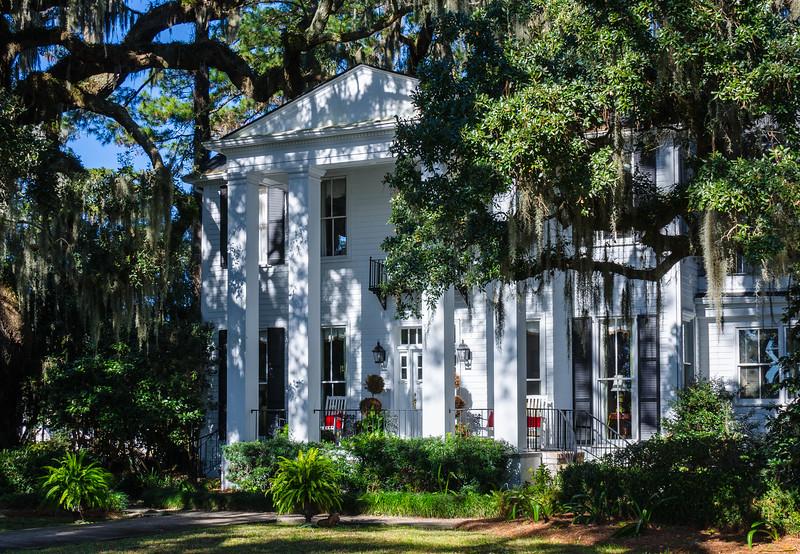 Tall Columns on Bluff Drive - Isle of Hope, Savannah, GA