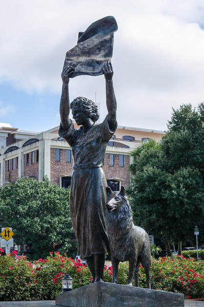 "Florence Martus ""The Waving Girl"" Statue by Felix De Weldon"