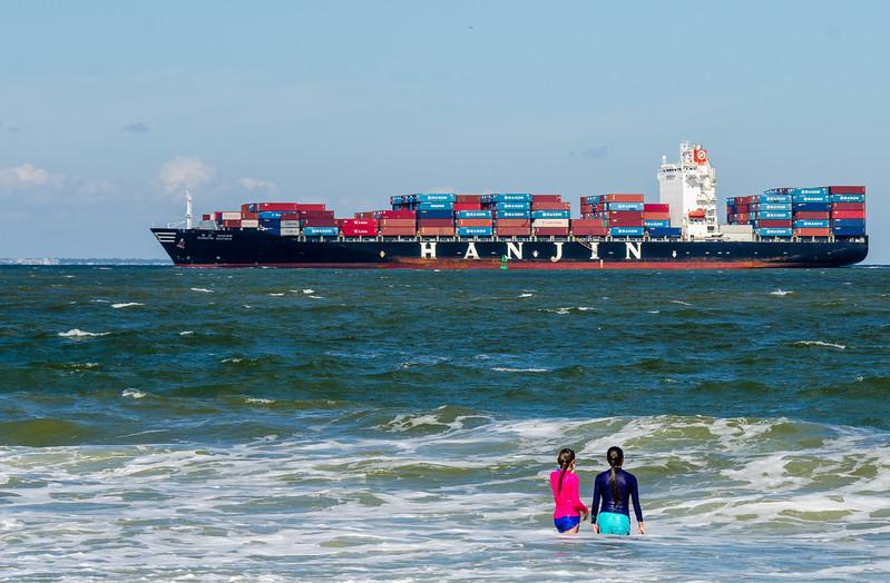 Hanjin Gdynia Container Ship @ North Beach - Tybee Island, GA