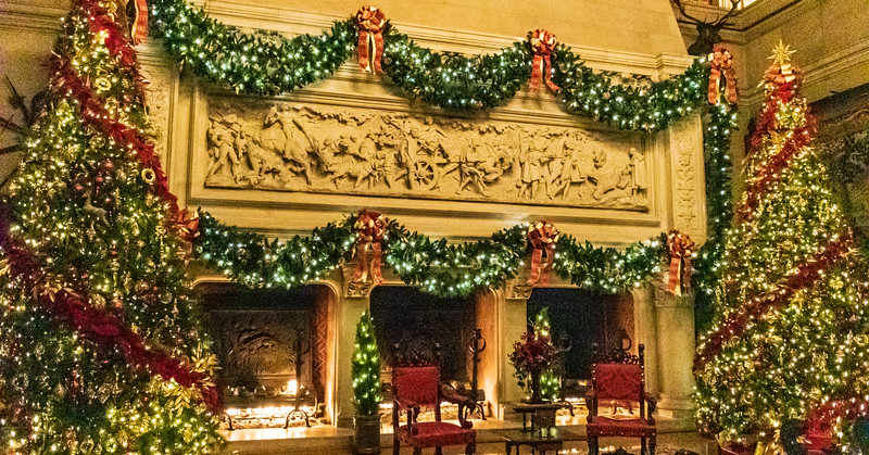 Banquet Hall Christmas Decorations @ The Biltmore Estate - Asheville, NC, USA