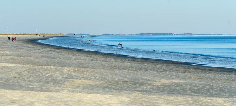 Beach Walkers @ Folly Field Beach - Hilton Head Island, SC