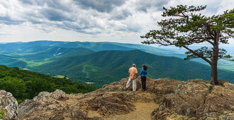 Couple enjoying the View - Ravens Roost Overlook @ MP 10.7 on the Blue Ridge Parkway - Lyndhurst, VA