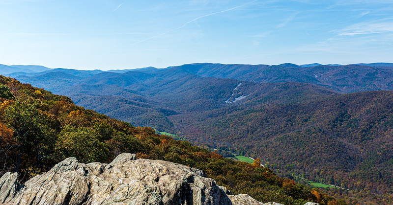 Mt Torrey Rd  & Back Creek area from Ravens Roost Overlook @ MP 10.7 on the Blue Ridge Parkway - Lyndhurst, VA, USA