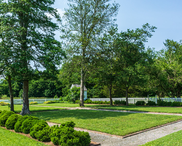 Garden @ Smith's Fort Plantation - Surry, VA, USA
