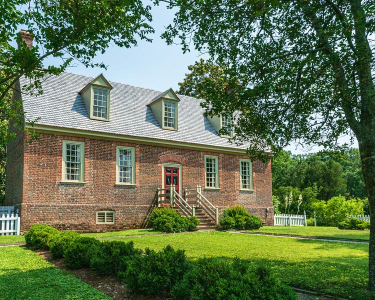 Manor House c. 1751 (back, aka Faulcon House) @ Smith's Fort Plantation - Surry, VA, USA