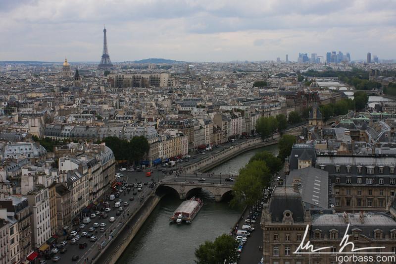 Seine from Notre Dame (Paris, FR)
