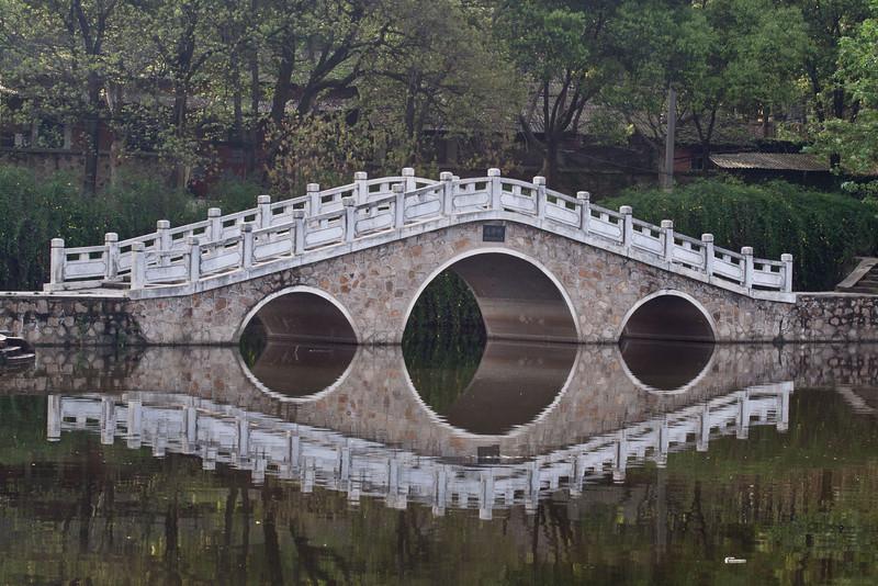 Bridge over lake near hotel