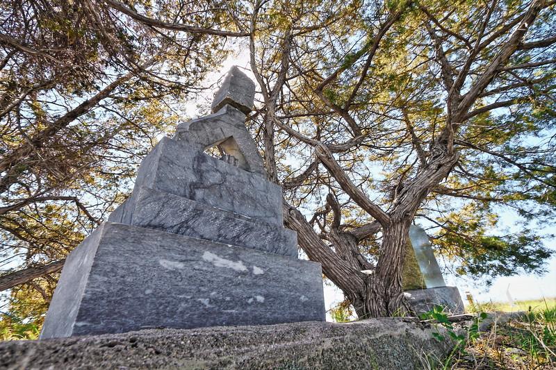 Grave in the Cedar Hill Cemetery in Ft. Pierre