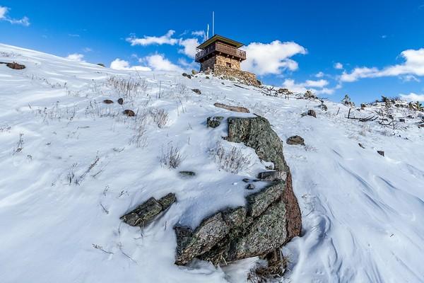 Custer Peak fire lookout tower