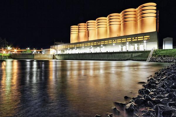 Powerhouse at Oahe Dam at night