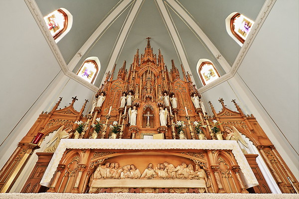 In the Saints Peter and Paul Catholic Church in Dimock south of Mitchell