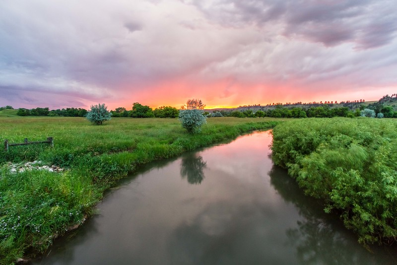 Sunset over the Redwater River south of Belle Fourche