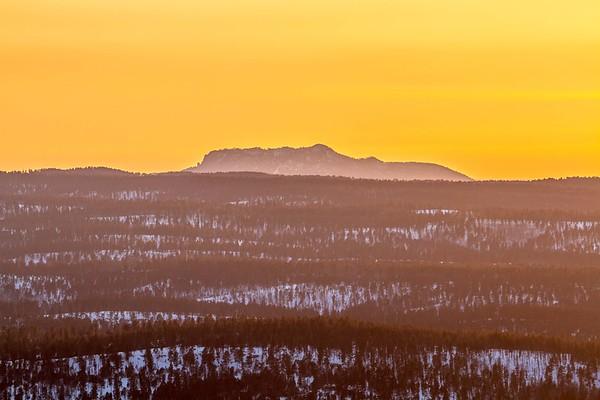 Evening light over Inyan Kara viewed from Terry Peak